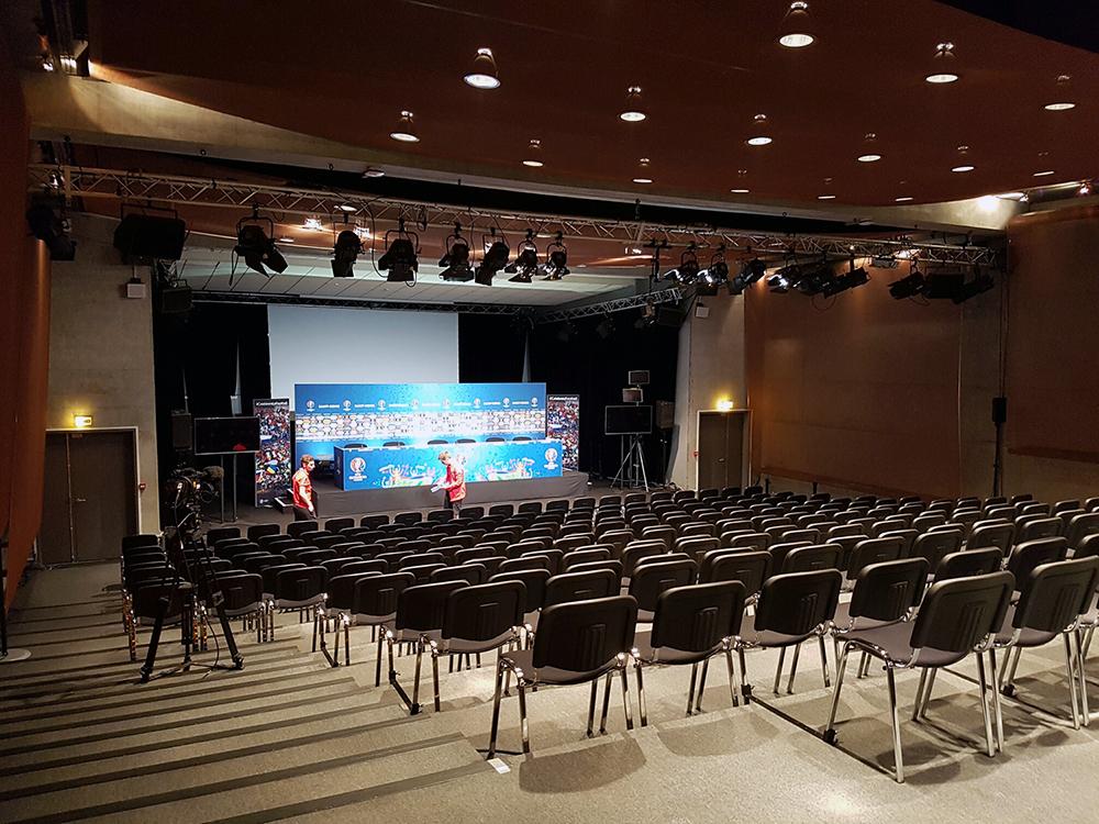 Sala de conferințe de presă de la Parc des Princes